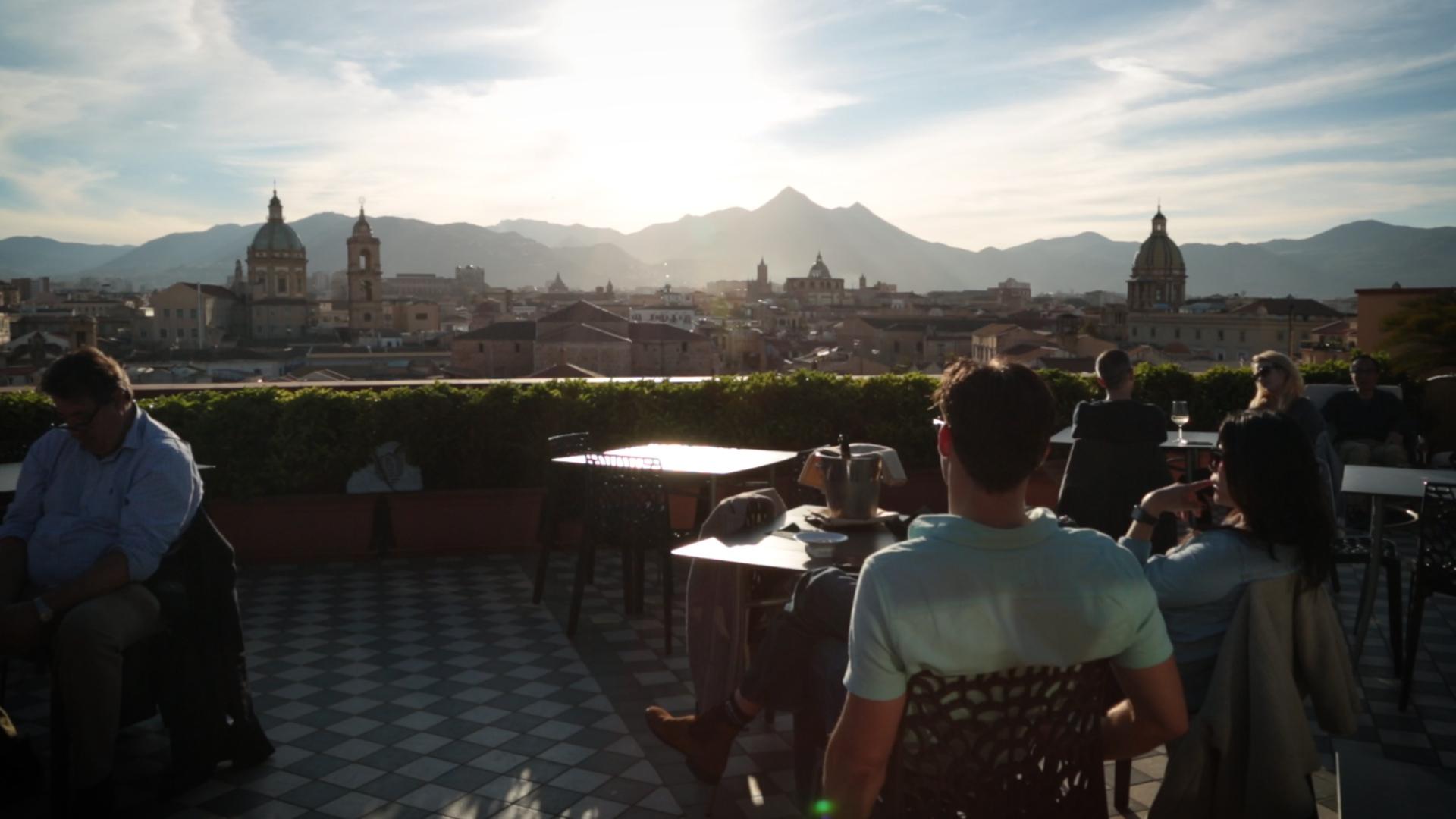 Palermo, l'estate non finisce mai